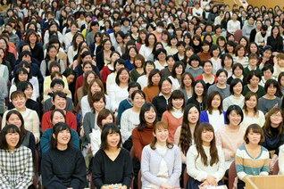 幸福勝利を誓い合った昨年12月の東北女子部の池田華陽会大会
