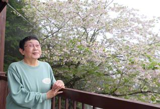 「余生」という言葉が好きではない橋田さん。「今を生きているから『生』といえるのです」と(静岡県熱海市の自宅で)
