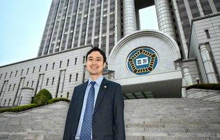 ソウルの高等裁判所前で