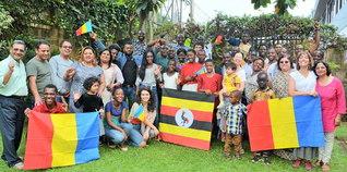 ウガンダの集い(11月26日、首都カンパラで)。地方都市ブウィンディでも行われた