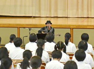岩手・末崎中学校で行われた東北希望コンサート(大船渡市内で)