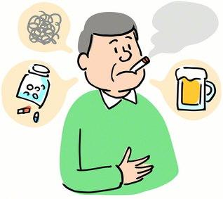 アルコールの過剰摂取を控えたり、禁煙をするなど、まずは生活習慣の是正が大切(PIXTA)
