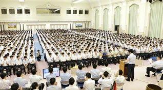 """6・30「部結成の日」を記念して開催された全国学生部代表者大会。各地から創価の英才が集い、""""生涯、師と共に、同志と共に、広宣流布に生き抜こう""""と誓い合った(東京牧口記念会館で)"""