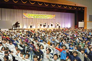 昨年12月に開催された「首都圏少年少女きぼう合唱祭」(東京・小平市の創価学園で)